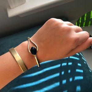 UO gold bracelet